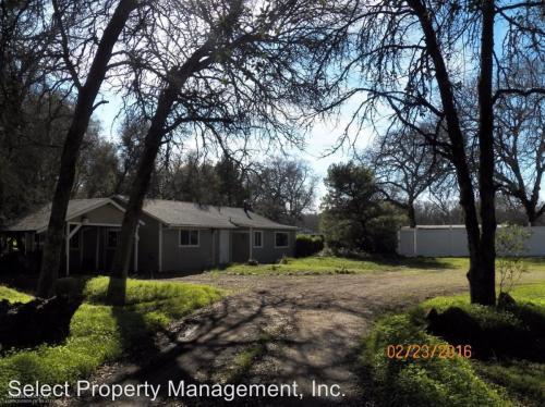18240 Grey Oak Photo 1