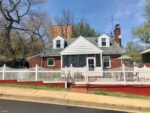 2140 N Thomas Street Photo 1