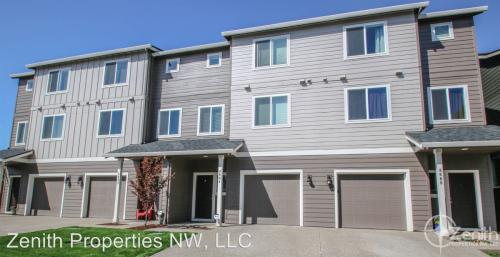 8606 NE 13th Place Photo 1