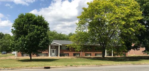 405 E Woodlawn Avenue Photo 1