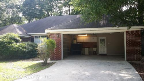 540 Lakeview Woods Drive Photo 1