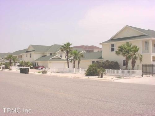 15102 Leeward Dr 503 Beach Haven Townhomes #503 Photo 1
