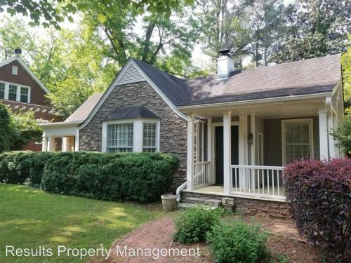 341 Country Club Road Photo 1