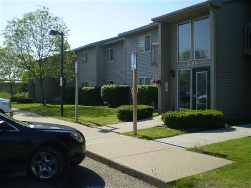595 Meadows Drive Photo 1
