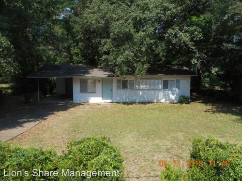 3194 N Ridge Road Photo 1