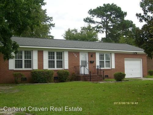 126 Craven Drive Photo 1