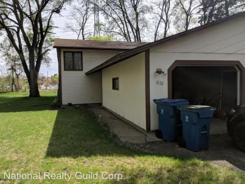 1232 Norton Ave NE - 1232 Norton Avenue NE Fridley Photo 1