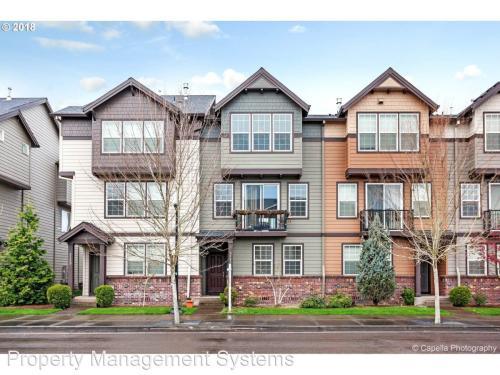 3141 SE Brookwood Avenue Photo 1