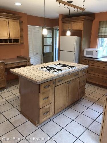 6203 148th Ave NE - Whole House Photo 1