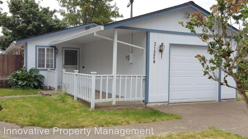 31224 NW Cottage Street Photo 1