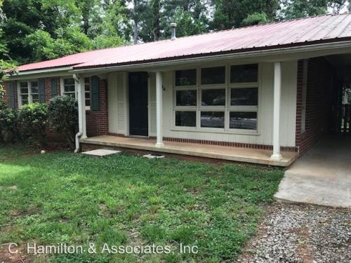 1043 College Station Road Photo 1