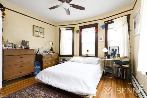 122 Columbia Street Photo 1