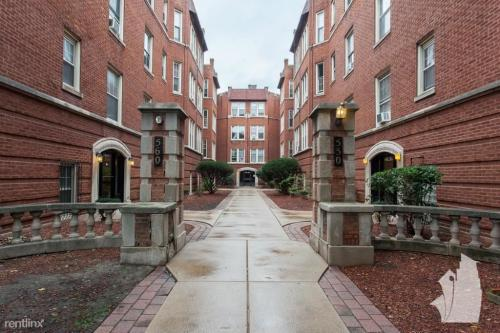 550 W Aldine Avenue #1 Photo 1
