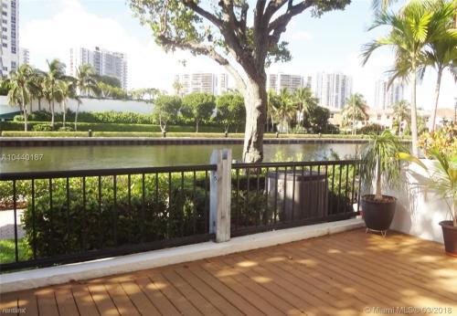 3788 NE 209th Terrace Photo 1