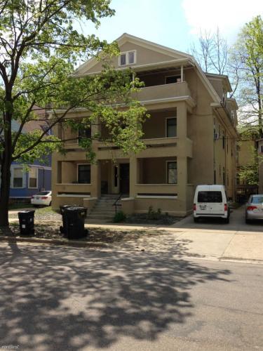 163 Prospect Avenue NE #3 Photo 1