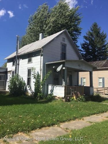 1021 Elm Street Crawford Photo 1