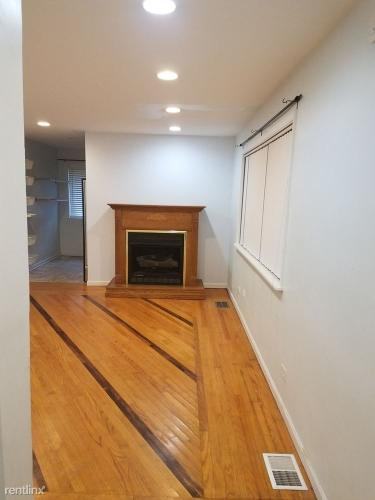 1322 W 18th Place Photo 1
