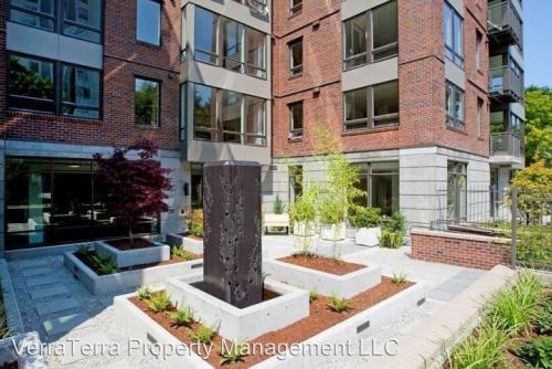 4547 8th Avenue NE Photo 1