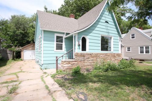 823 N Lorraine Avenue Photo 1