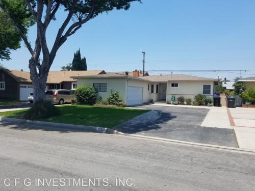 10235 Foster Road Photo 1
