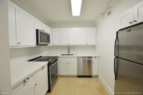 5838 SW 74th Terrace Photo 1