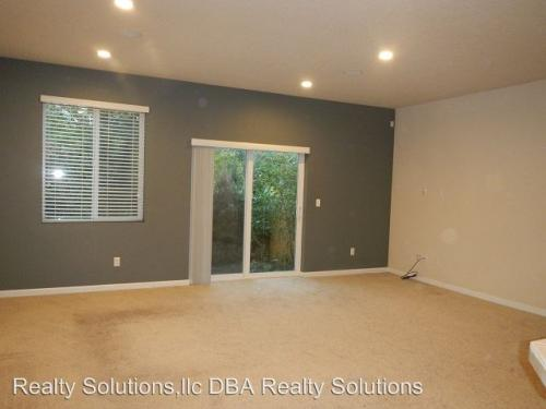17208 SW 119th Place Photo 1