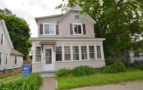 936 Douglas Street NW Photo 1