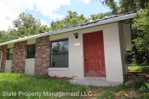 5846 NW 14th Street Photo 1