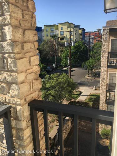 709 W 21st Street #304 Photo 1