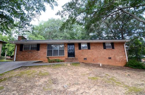 1072 Laurel Lane Photo 1