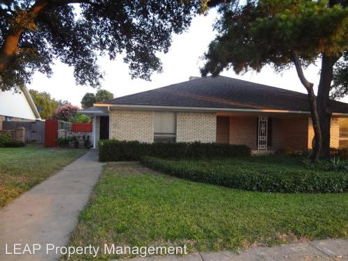 4204 Harvest Hill Road Photo 1