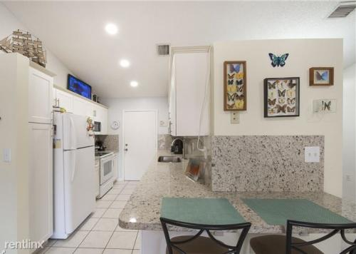 18253 SW 143rd Place Photo 1