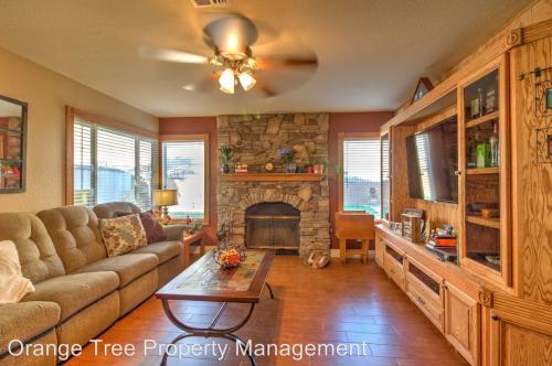 1703 Tara Ridge Court Photo 1