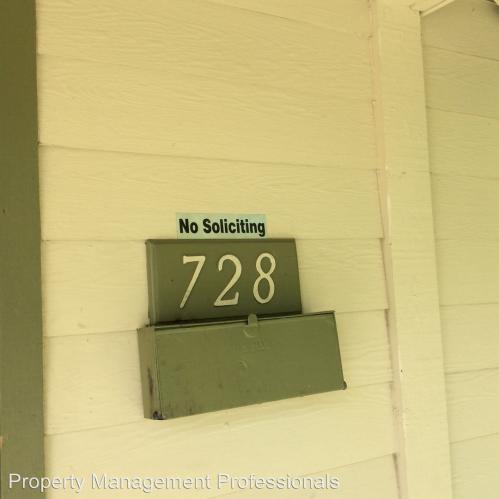 728 SW I Street Photo 1