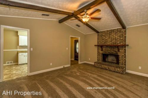 3025 Fredericksburg Drive Photo 1