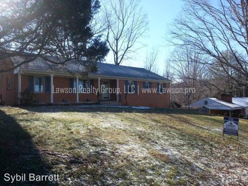 4162 Woodridge Drive Photo 1