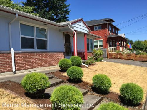 1633 SE 76th Avenue Photo 1
