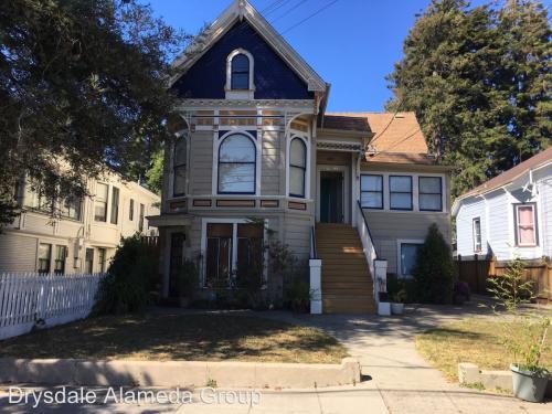 2241 San Jose Avenue #B Photo 1