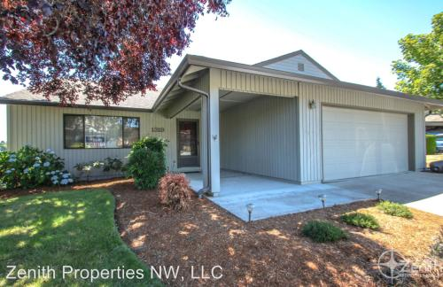 1319 NW 131st Way #A Photo 1