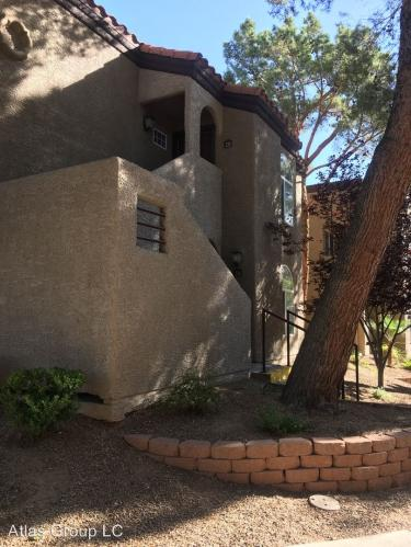 9325 W Desert Inn Photo 1