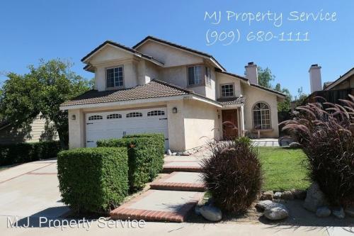 2453 Norte Vista Drive Photo 1