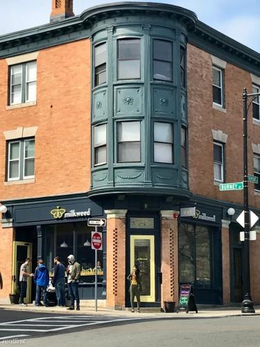 1510 Tremont Street Photo 1
