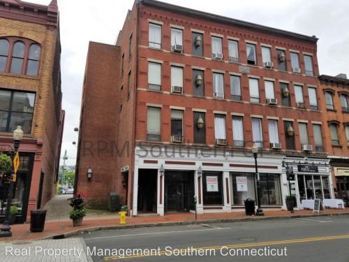 94 Washington Street Photo 1