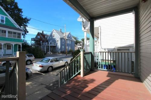 10 Garrison Avenue Photo 1
