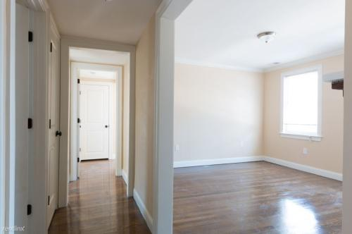 4803 Washington Street Photo 1