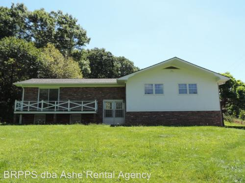 7816 Old Highway 16 Photo 1