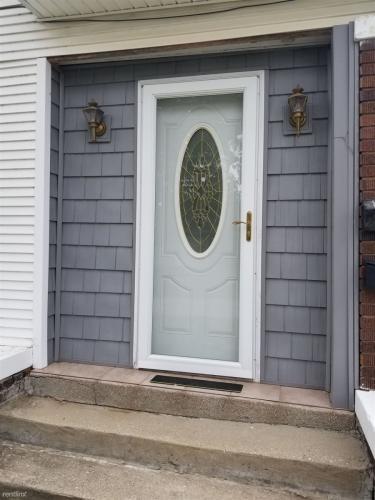 713 Elizabeth Street Photo 1