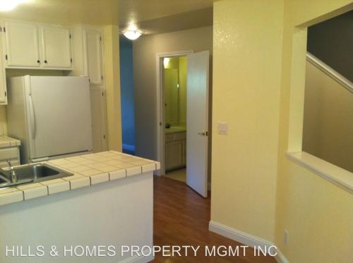 26 Meadowbrook Court Photo 1