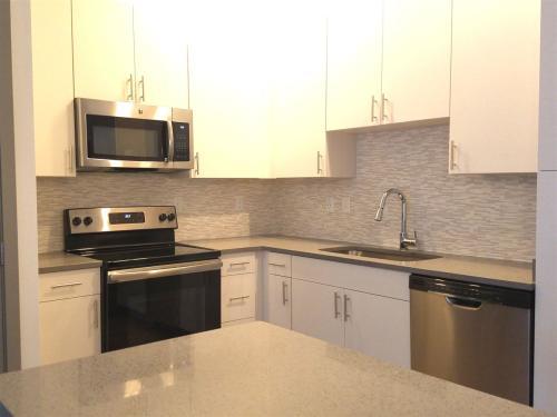 255 S Maitland Avenue Photo 1