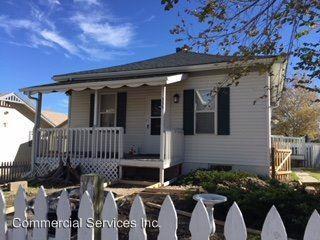 335 S Kenwood Photo 1